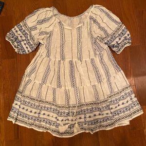 Flowy tunic top